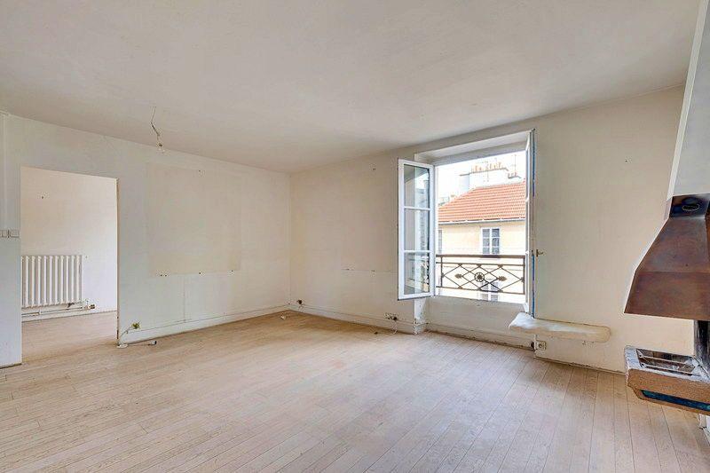 Vends très bel appartement 2pièces authentique Paris