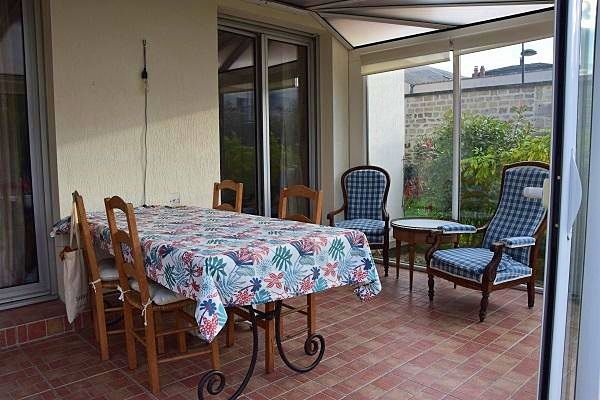 Vends Appartement 68m², jardin, centre Chantilly (petite pelouse),2ch