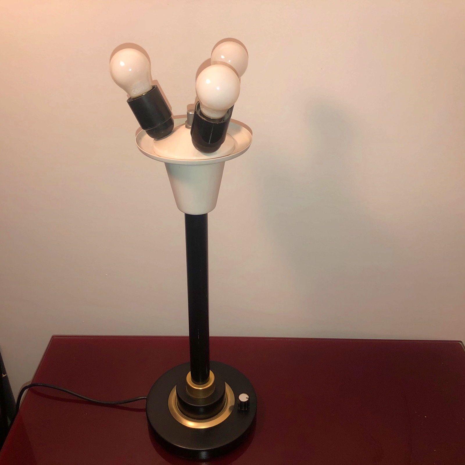 Vends très belle lampe année 50