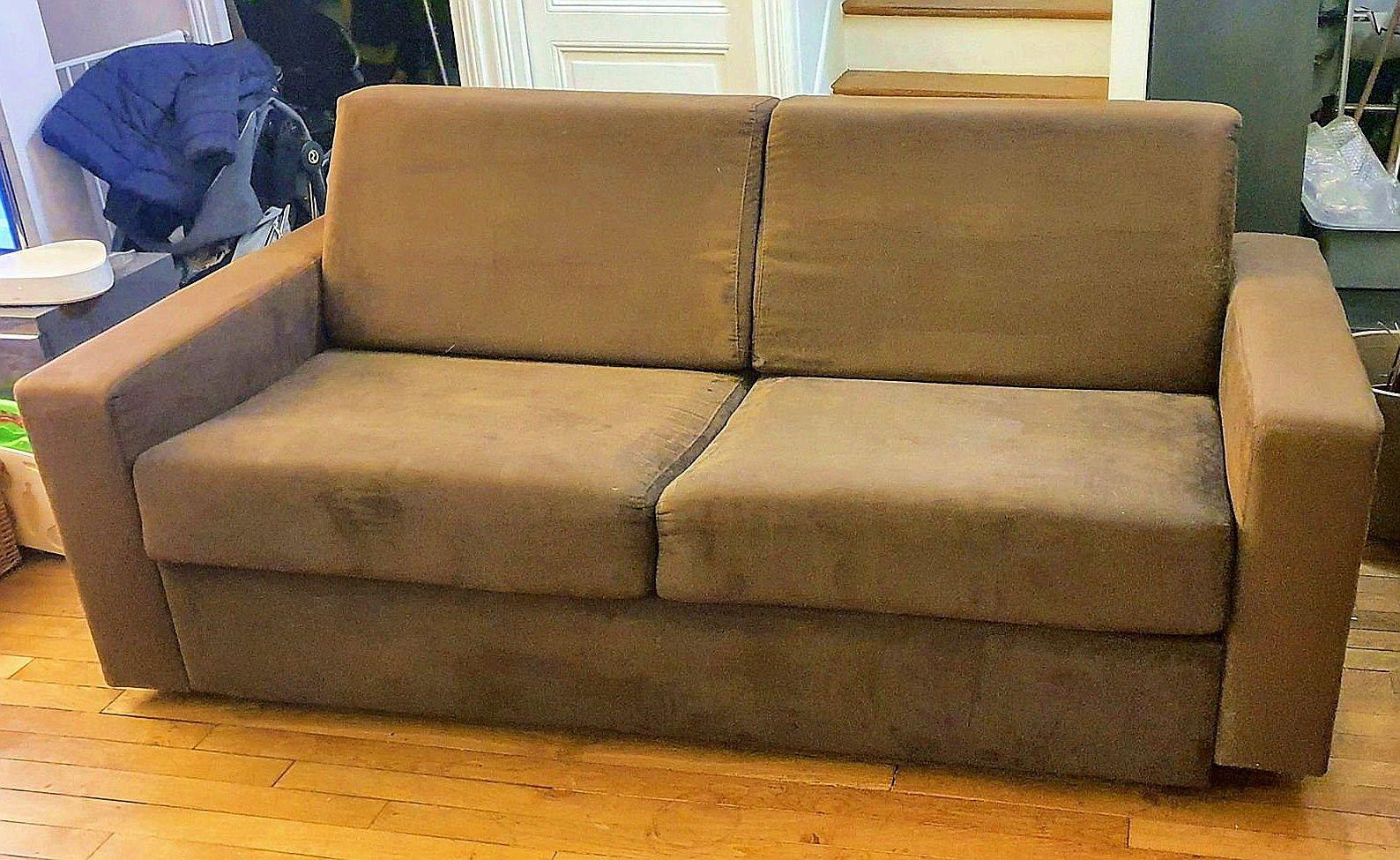 Vends canapé 3places convertible en vrai lit