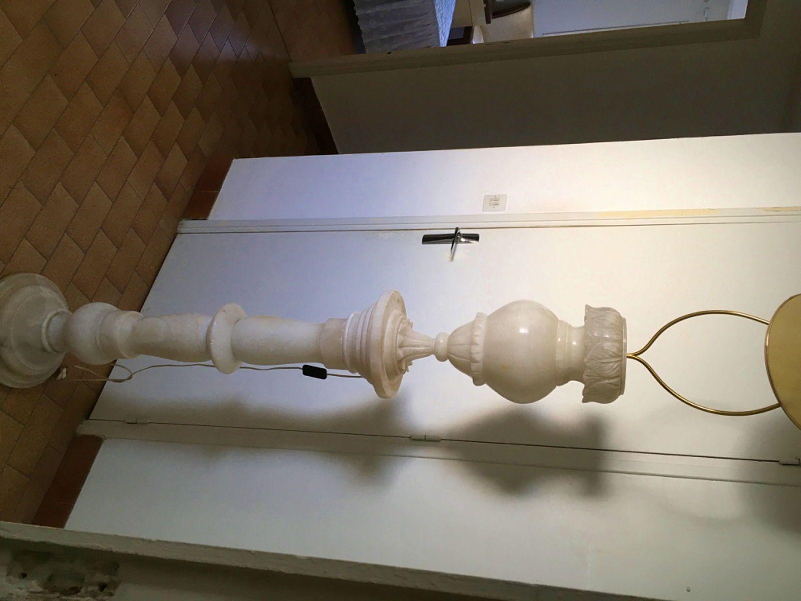 Vends colonne pied de lampe en albâtre