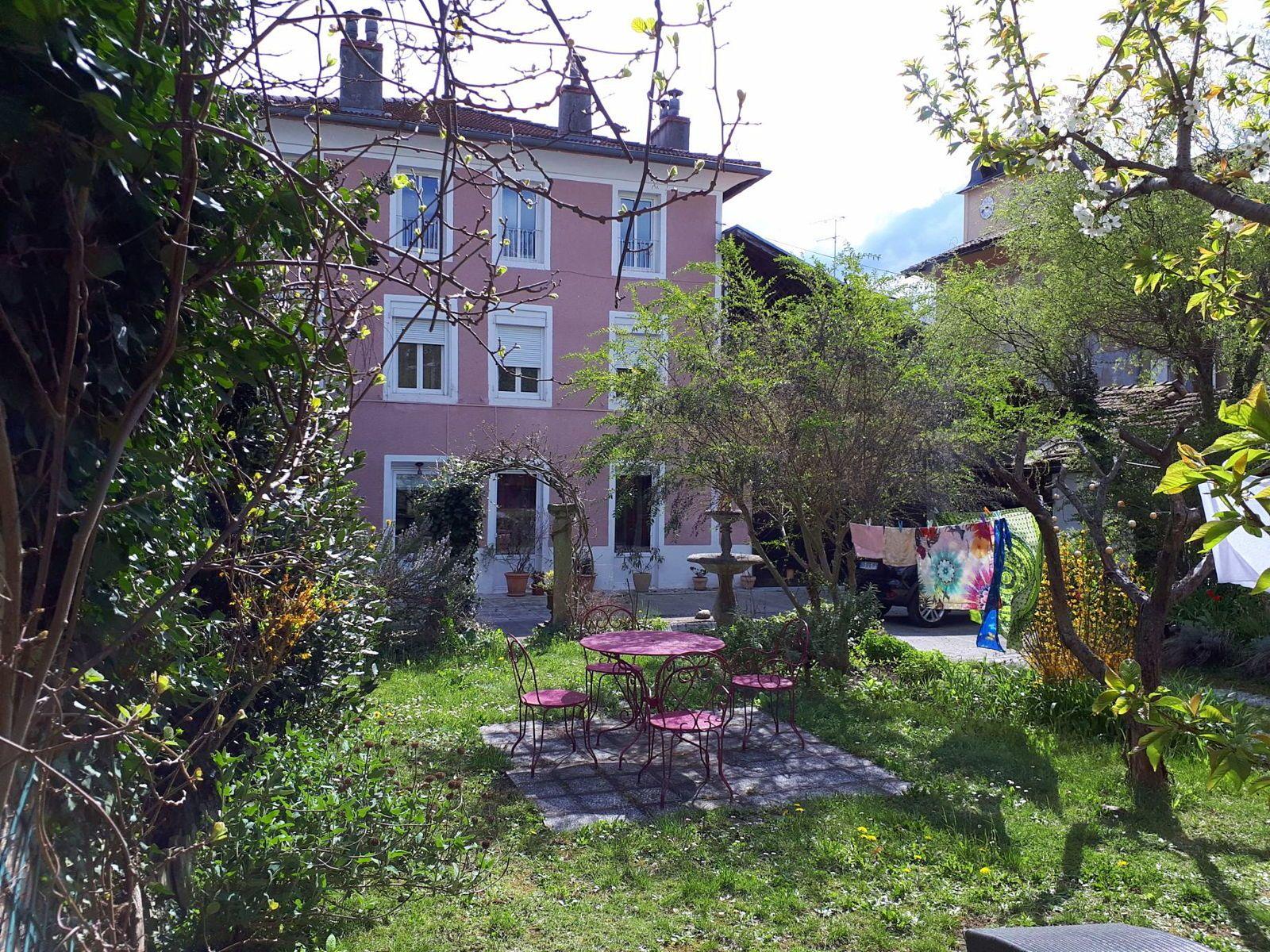Vends demeure de charme - 8chambres, 380m² - Saint-Marcellin (38)