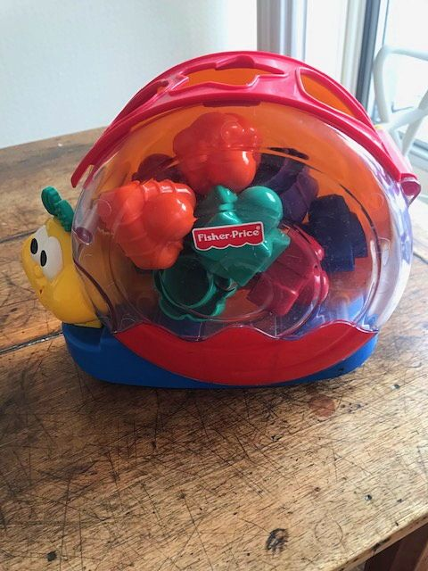 Vends différents jouets d'enfants âge