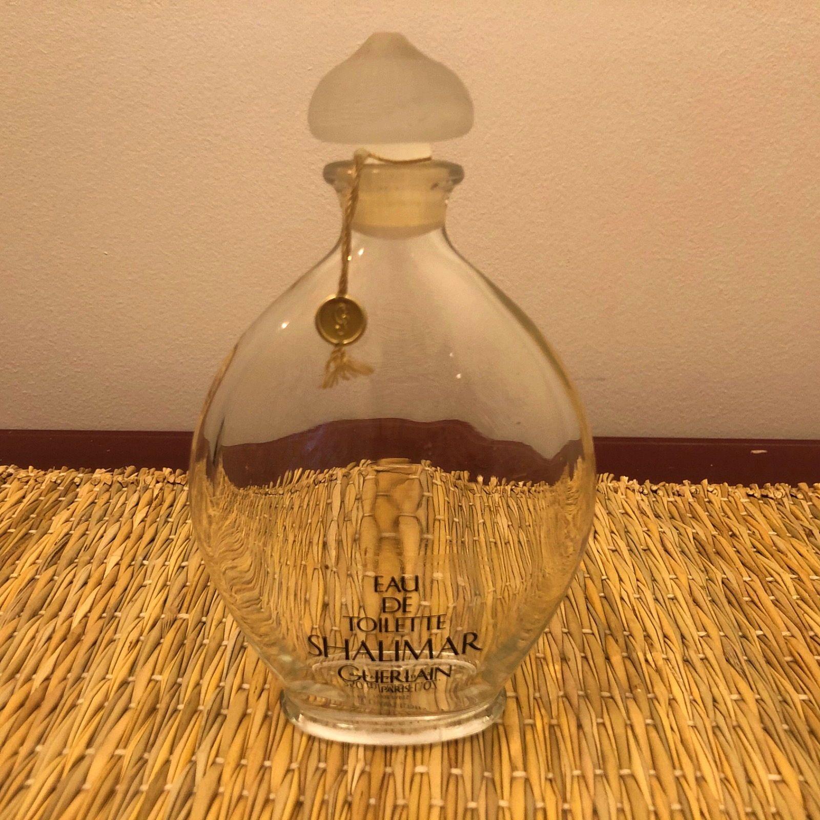 Vends beau flacon de parfum Shalimar de Guerlain Paris
