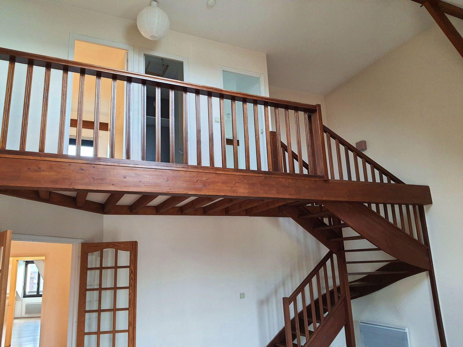 Vends grand appartement en duplex 5chambres 150m² - Compiègne Centre