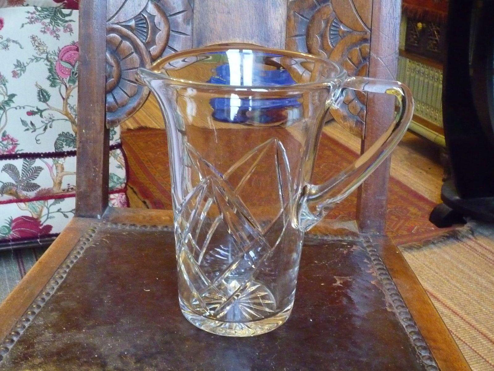 Vends grand pichet à eau en cristal Saint Louis