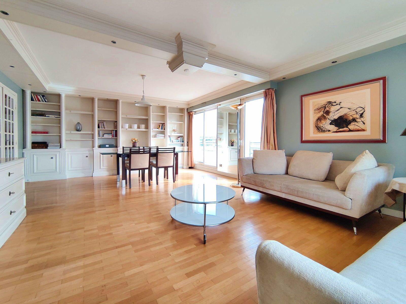 Vends grand appartement 4pièces avec balcon - Front de Seine - Levallois-Perret (92) - 105m²