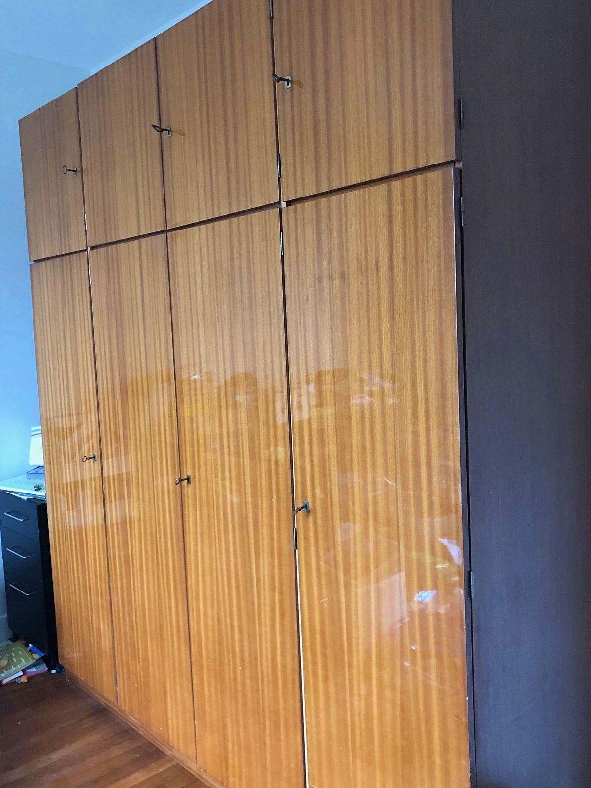 Vends grande armoire en formica années 60