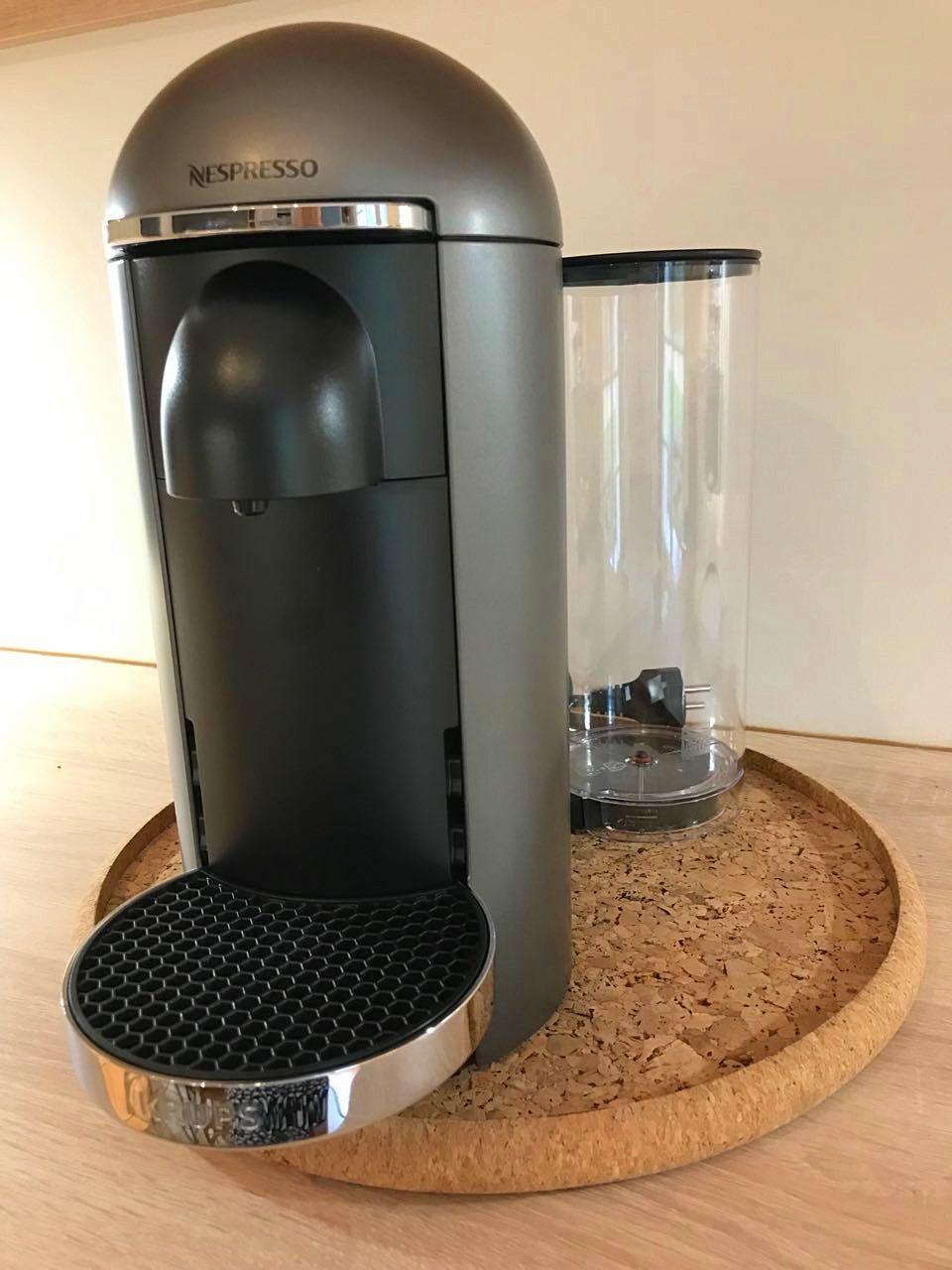 Vends Machine à café Nespresso Vertuo Krups - Excellent état