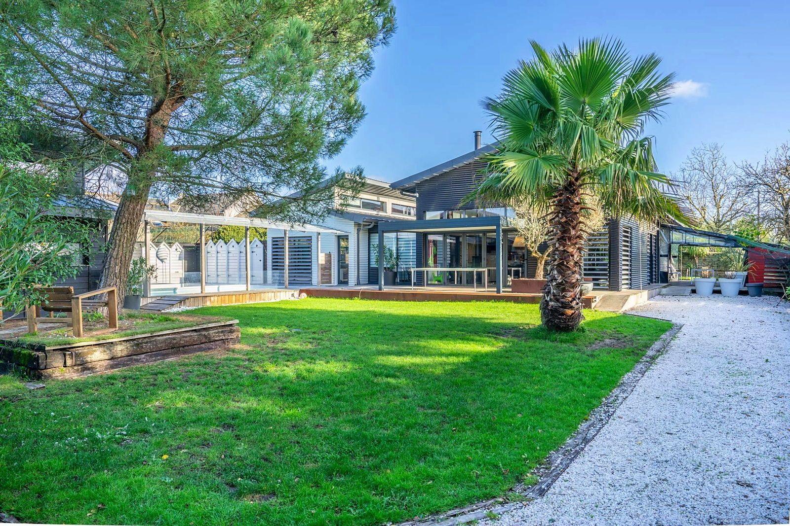 Vends Magnifique maison d'architecte à ossature bois à Guérande (44) - 300m² 7chambres