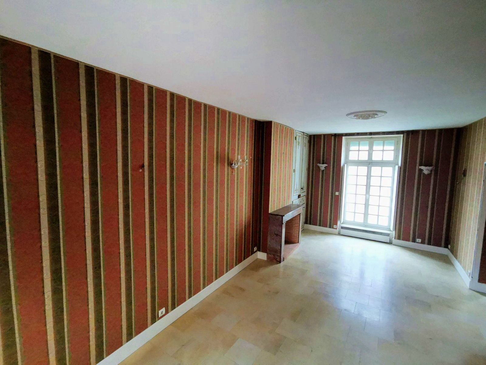 Vends maison/appartement 6pièces 157m² La Flêche