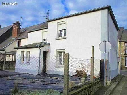 Vends Maison de bourg - 4chambres, 99m²- Barenton