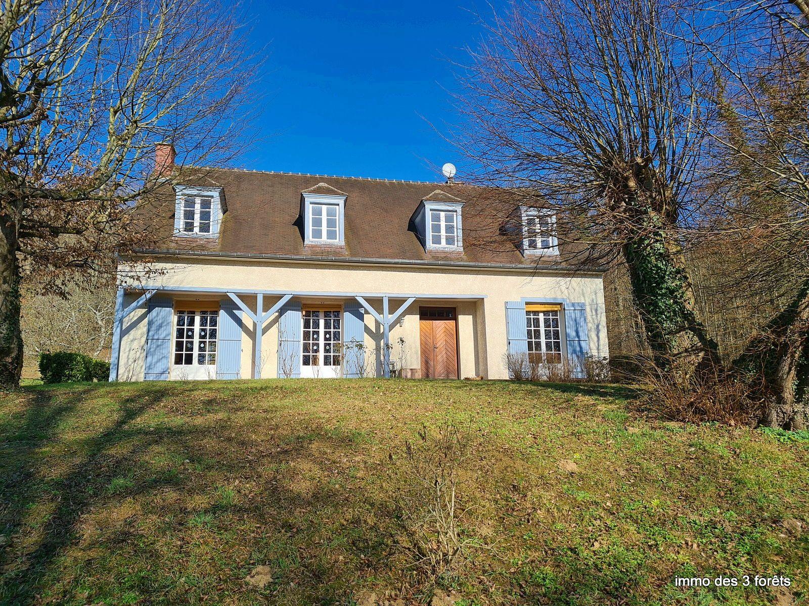 Vends maison de 5chambres 175m² au calme proche de Compiègne