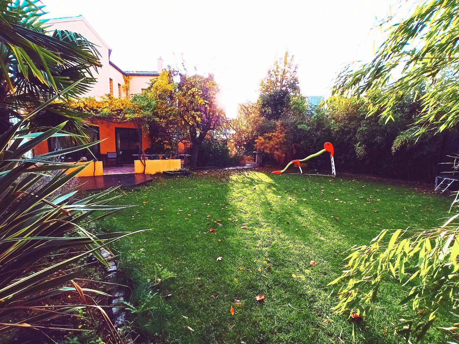 Vends maison 4chambres 150m² avec jardin de 350m²