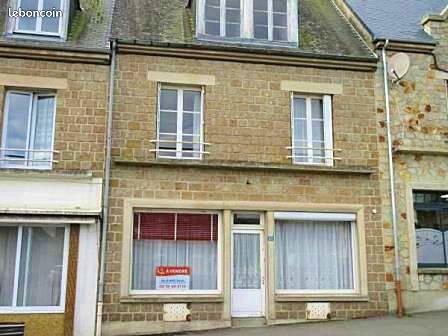Vends Maison d'habitation - 7chambres, 145m²- Barenton