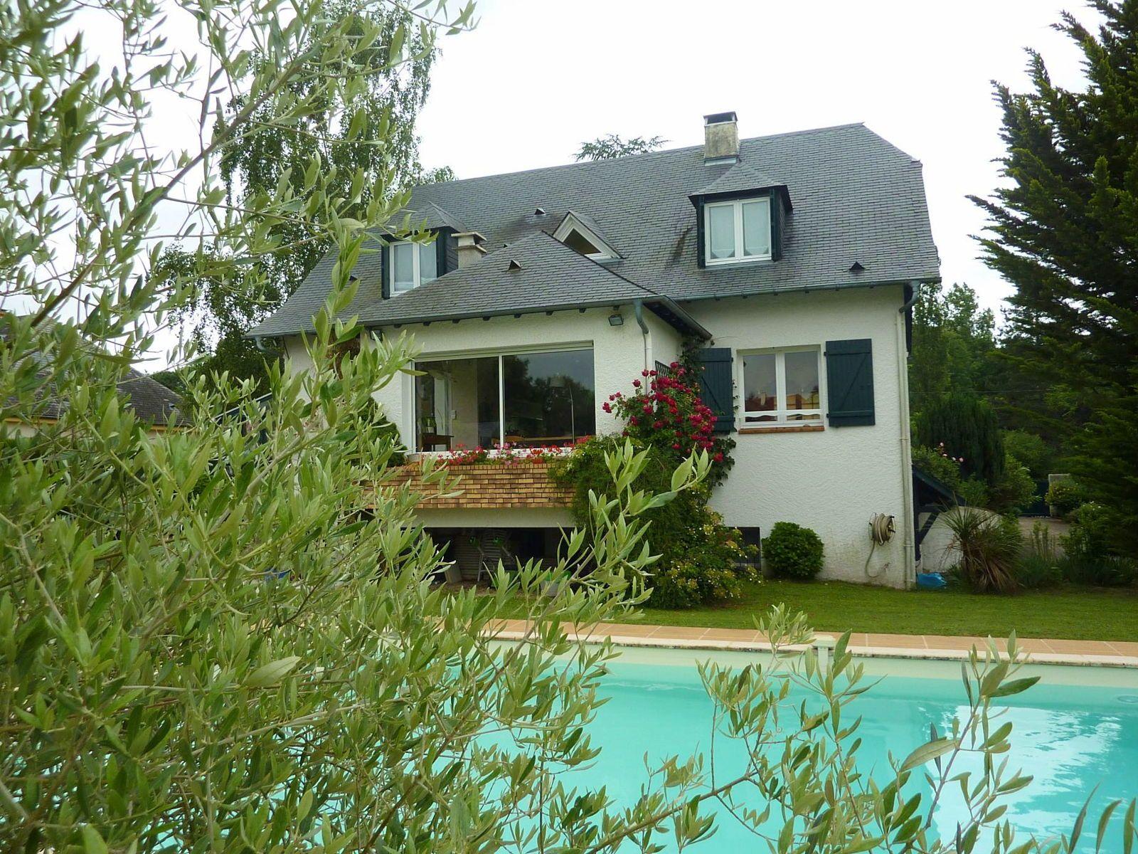 Vends maison 7pièces avec piscine à PAU - 170m²