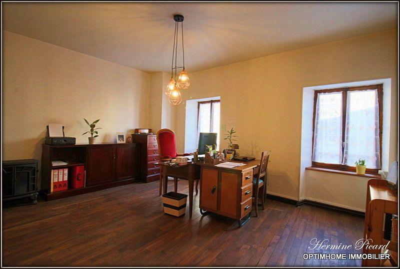 Vends Maison de 212m² - 3chambres - Ambert (63)