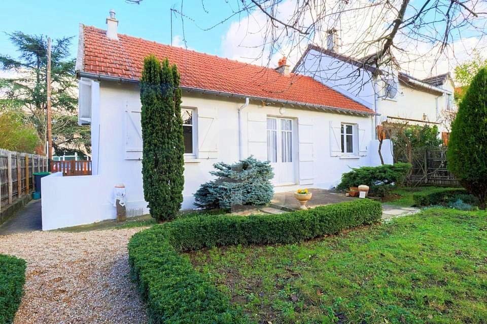 Vends maison - 3chambres, 70m² - Rueil malmaison (92)
