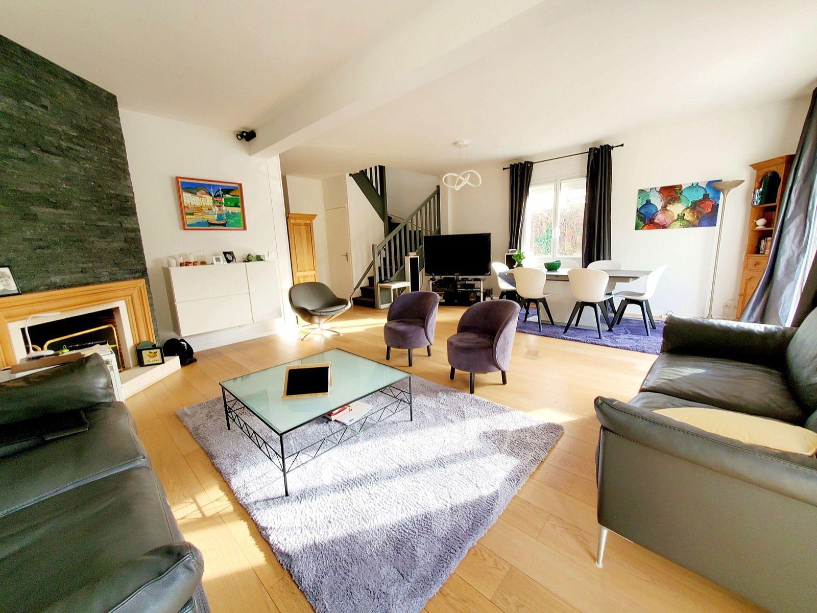 Vends maison Rueil-Malmaison 6pièces Quartier de Buzenval - 157m²
