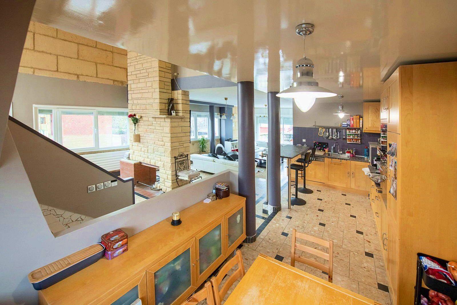 Vends Maison de ville, de 180m², 3chambres à deux pas de la gare - Creil (60)