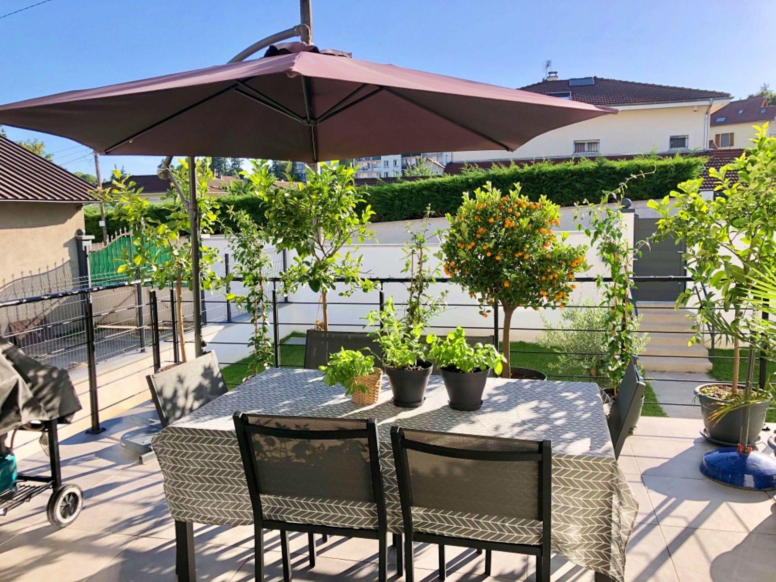 Vends maison de ville neuve 240m²- 5chambres à Voiron (38)
