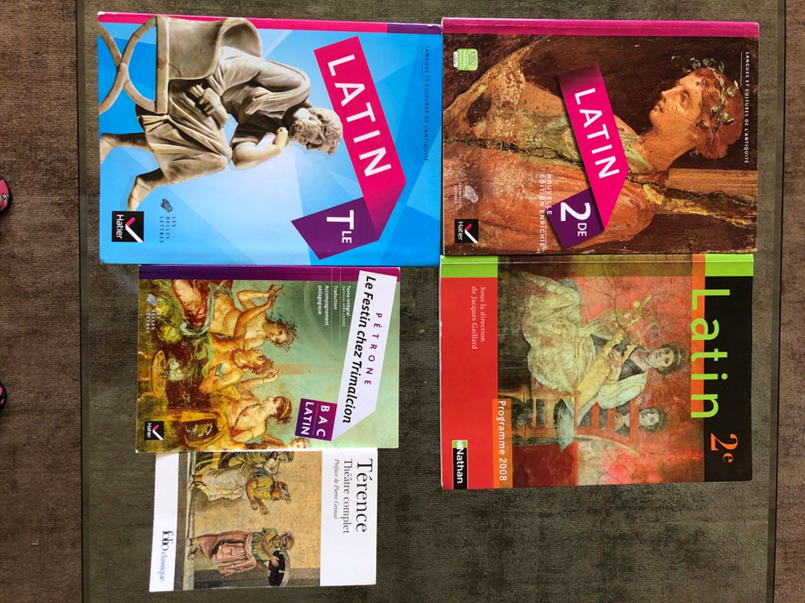 Vends manuels latin Seconde et terminale