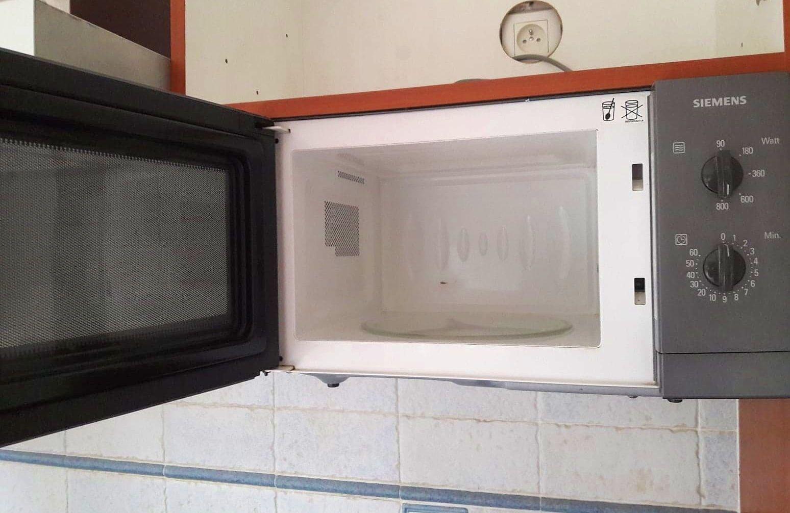 Vends four micro-ondes 19L SIEMENS