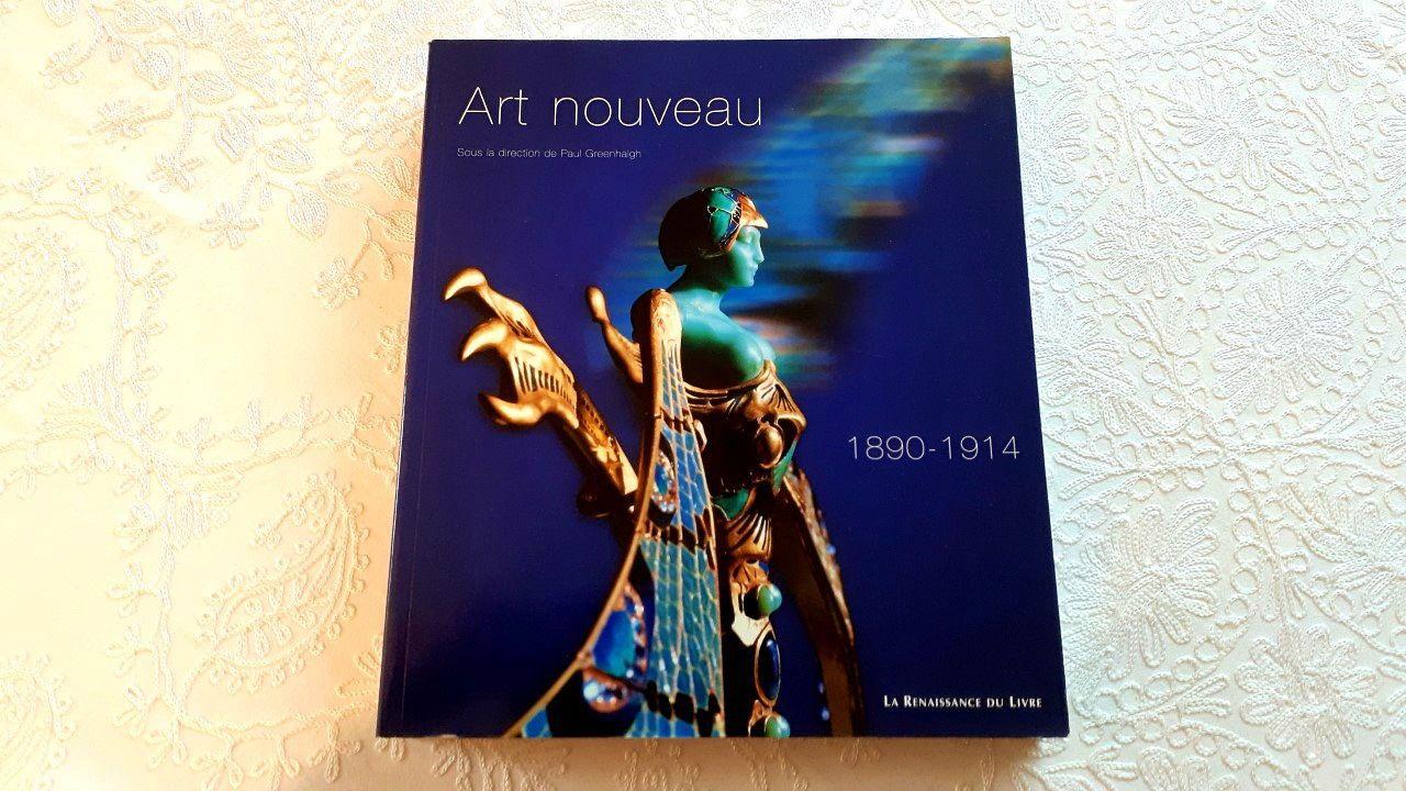 """Vends """"l'Art Nouveau"""" Edition Renaissance du livre"""