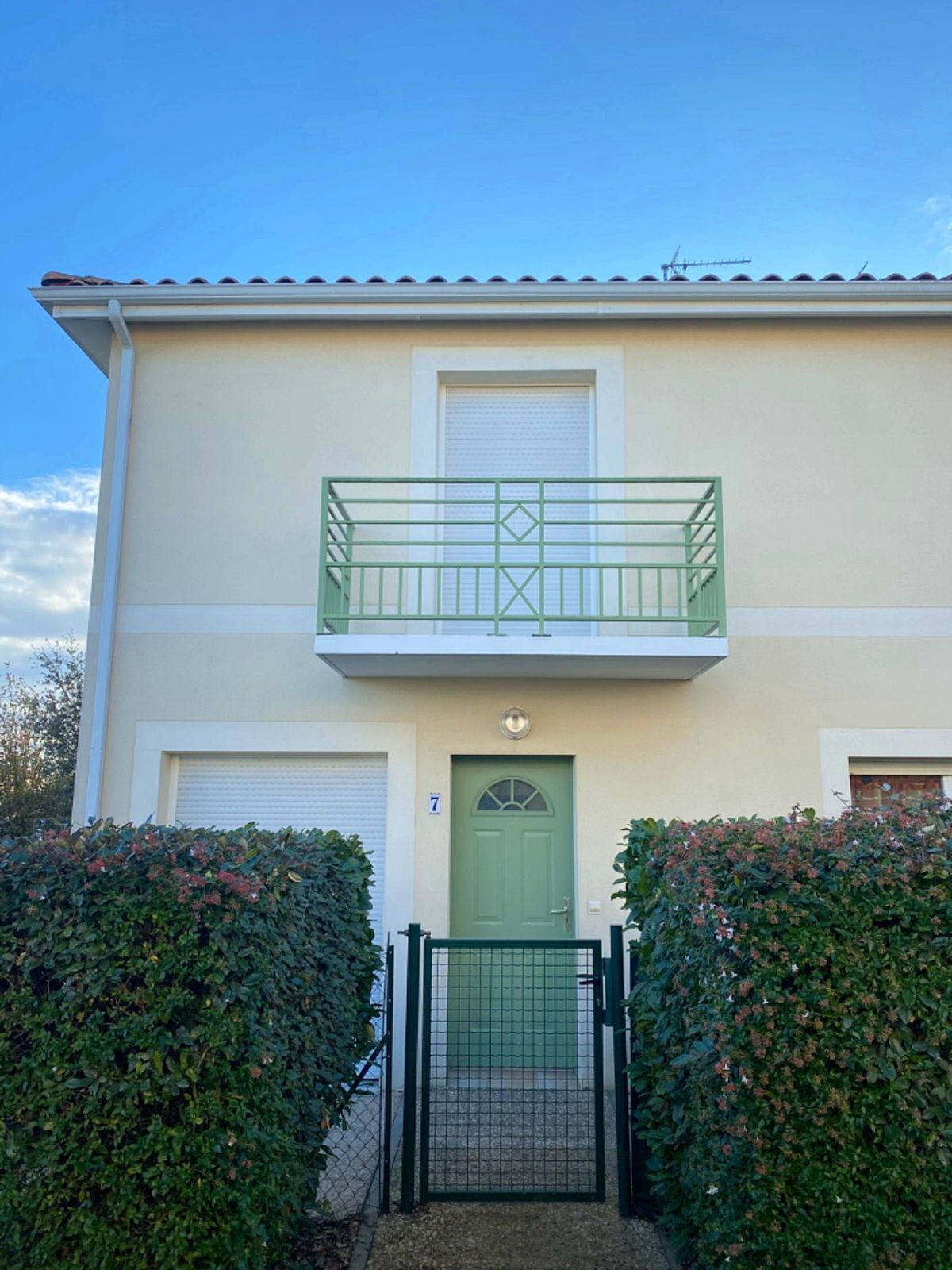 Vends petite maison avec jardin - 3chambres, 80m²