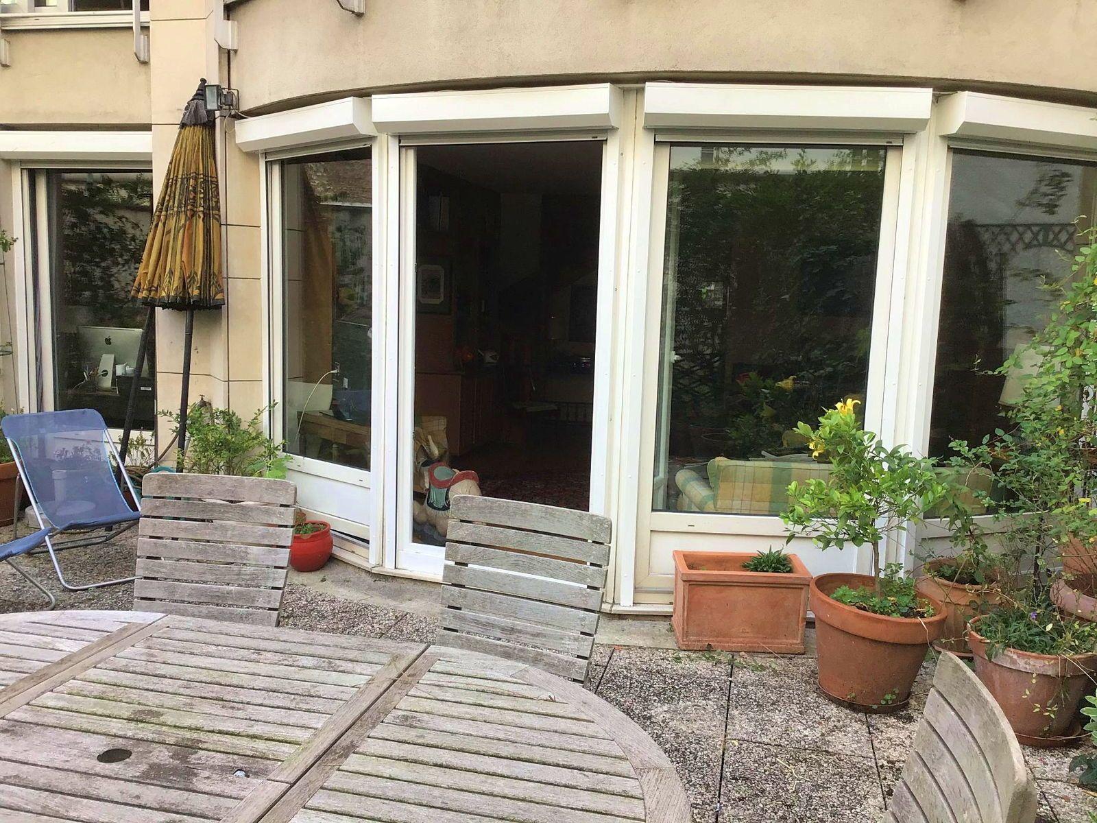 Vends 2pièces 64m²+terrasse 49m², rez de jardin à Levallois (92)