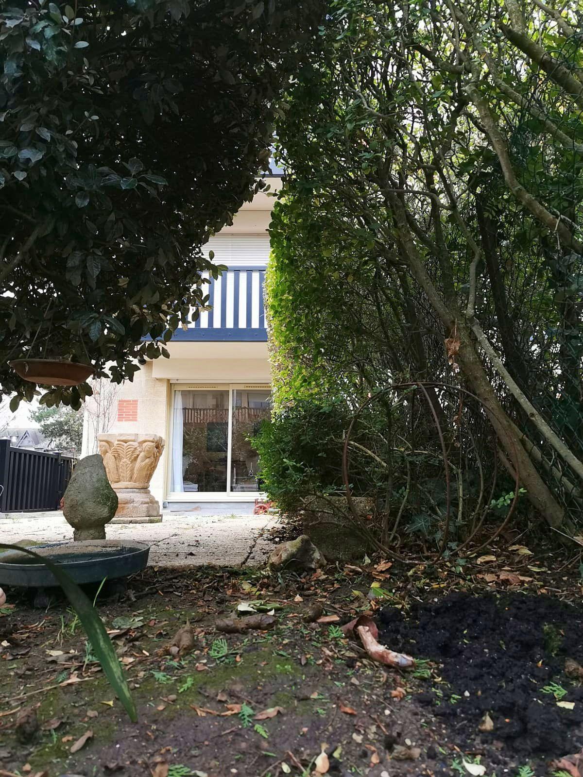 Vends appartement 2pièces 48m² et 75m² de terrasse + boxe voiture - Deauville (14)