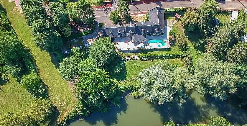 Vends propriété avec 5chambres 250m² Noyon (60) Oise