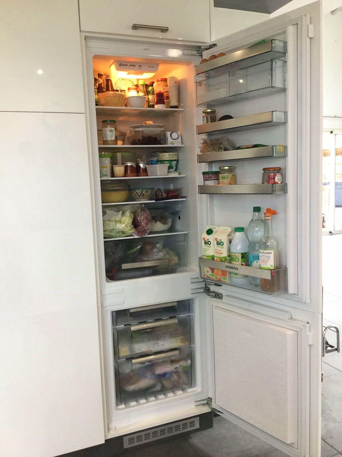 Vends réfrigérateur congélateur combiné encastrable