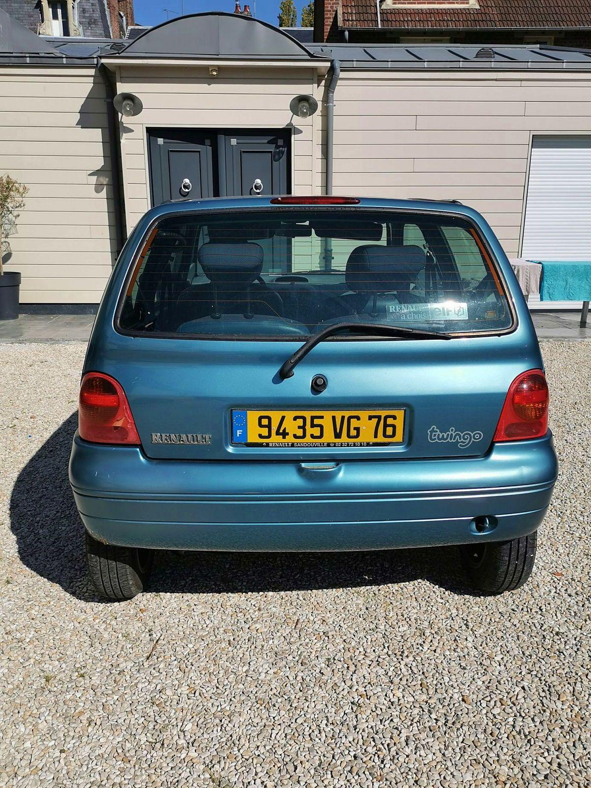 Vends Renault TWINGO 1.2i 16V (5CV) – Année 2002- 152000km