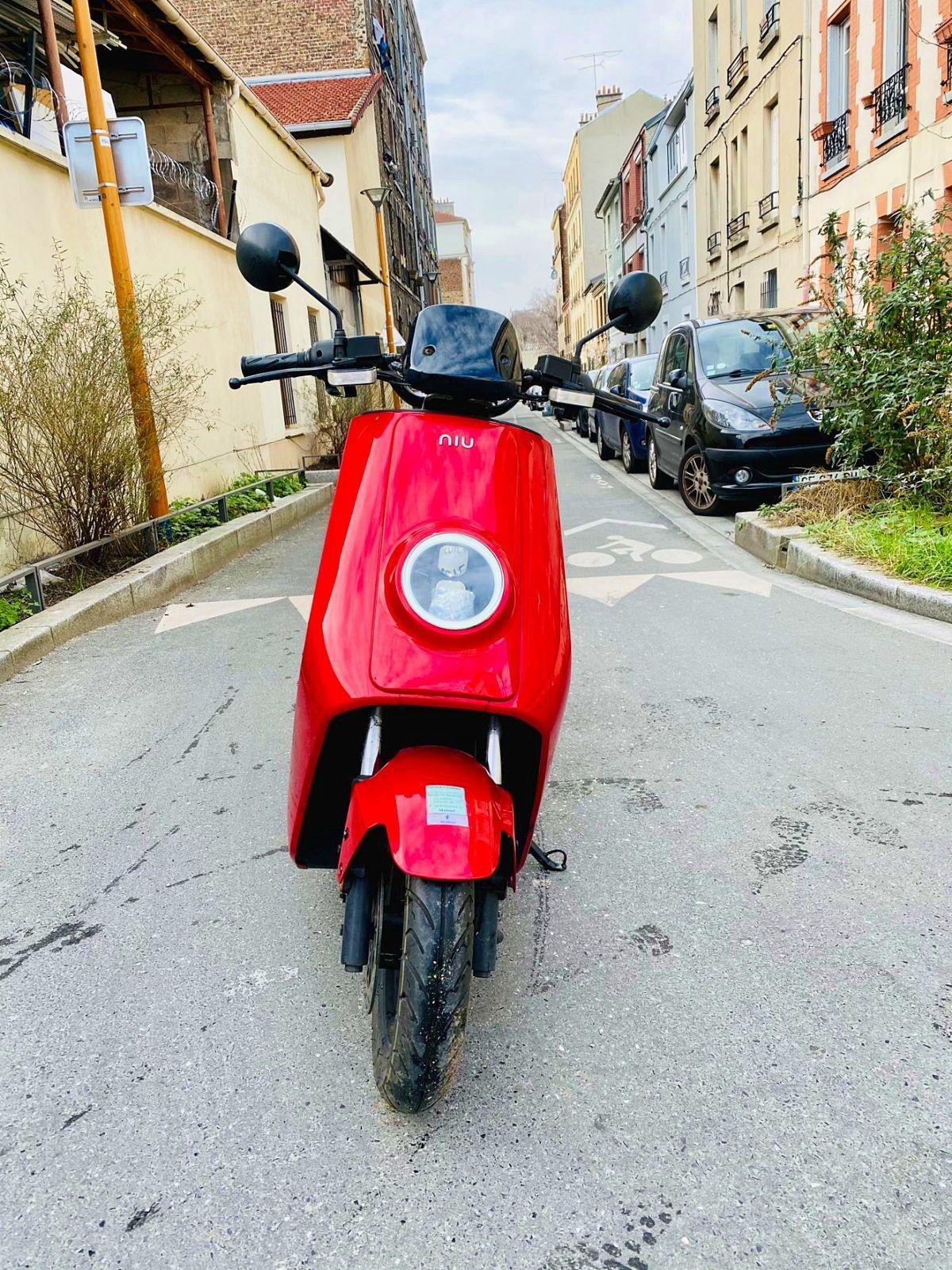 Vends Scooter electrique NIU N1S année 20186300km
