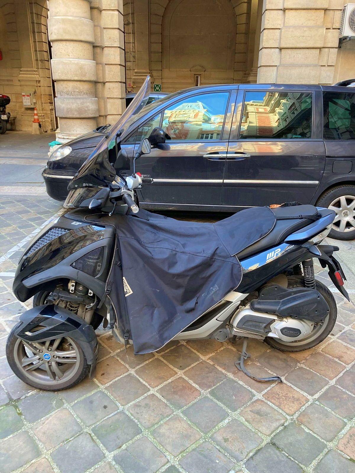 Vends scooter Piaggio MP3yourban 300cm311400km, 2018