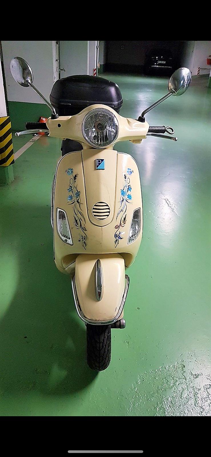 Vends scooter Vespa 125LX - 11000km