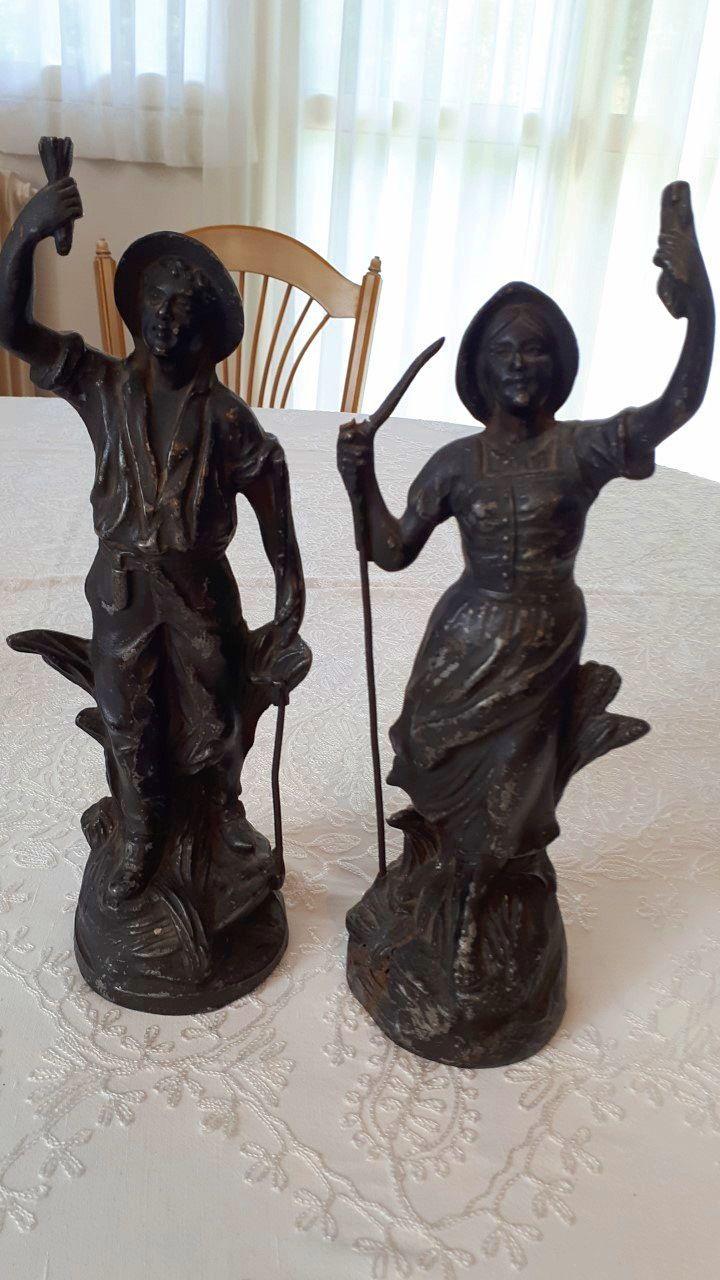 Vends deux statuettes en régule sur le thème de la moissson