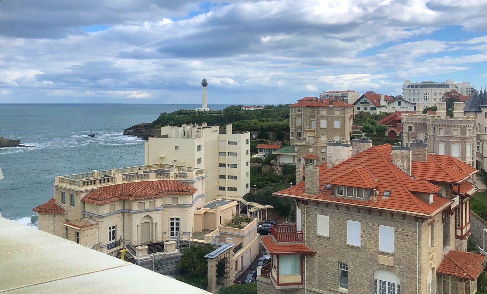 Vends studio loft 51m² Biarritz vue océan