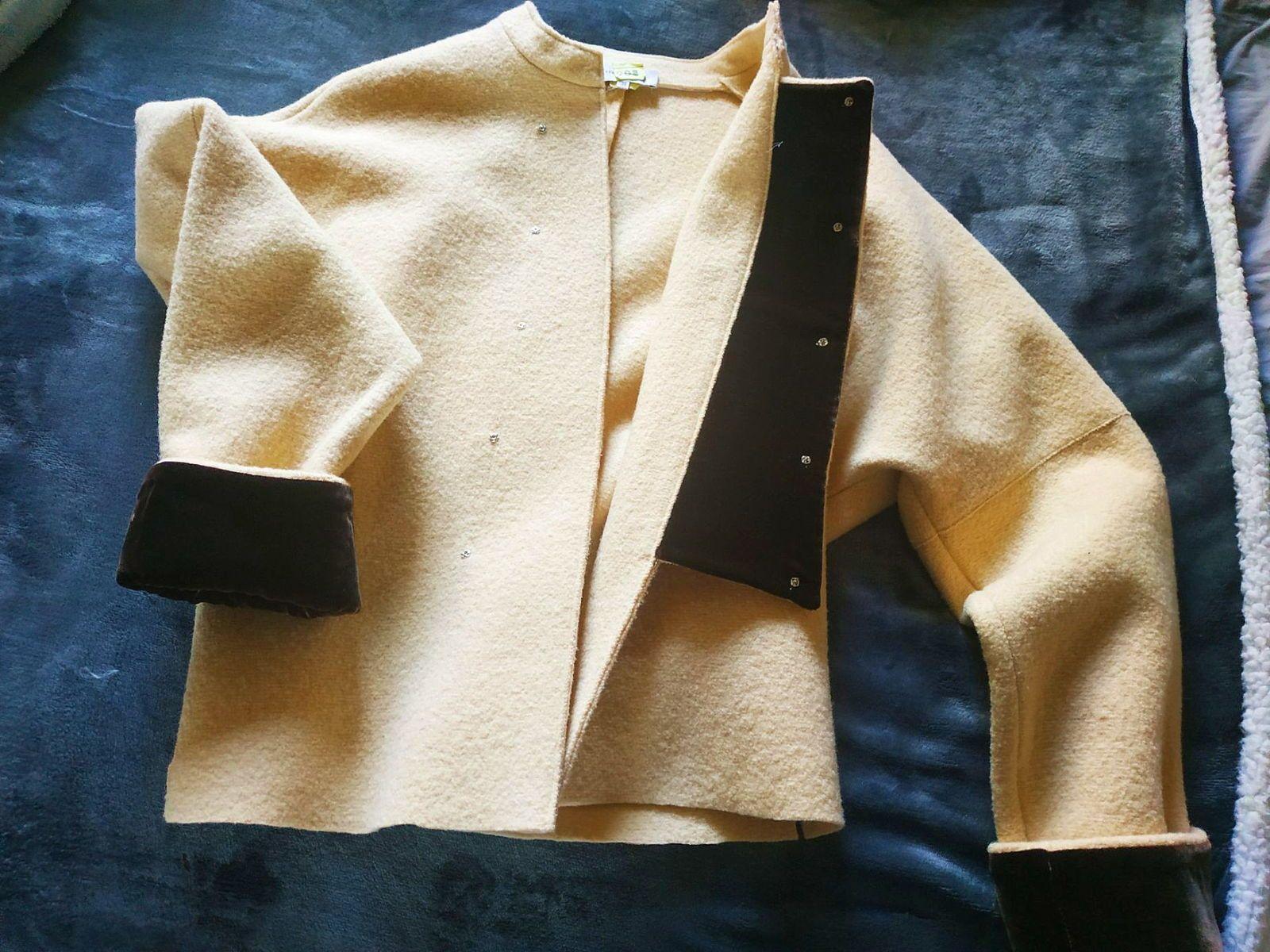 Veste en laine et velours taille 38/40marque Ventilo peu portée