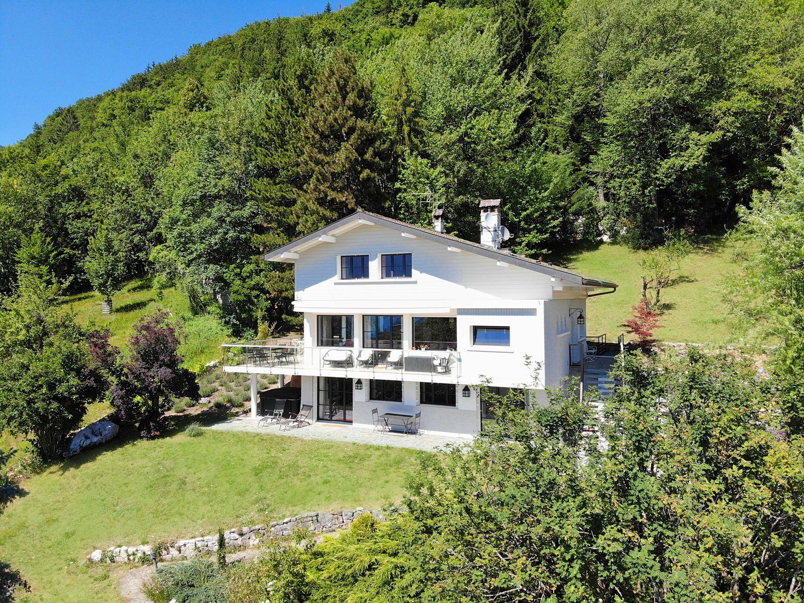 Villa à Menthon-Saint-Bernard (74), rive Est Lac d'Annecy, 8couchages